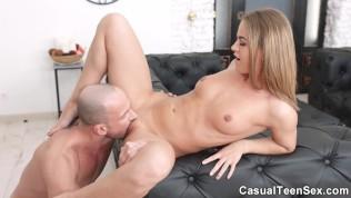 Casual Teen Sex-Oranges And Casual Sex PornZek.Com
